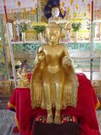 Asisbiz Hmawbi monastery Buddhas Dec 2000 04