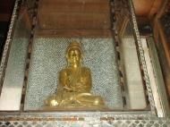 Asisbiz Hmawbi monastery Buddhas Dec 2000 08