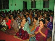 Asisbiz Hmawbi monastery Meditation Classes 02