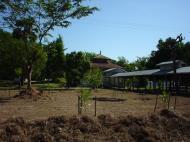 Asisbiz Hmawbi monastery grounds Jun 2001 05