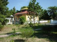 Asisbiz Hmawbi monastery grounds Jun 2001 09