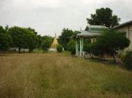 Asisbiz Hmawbi monastery grounds Jun 2001 17