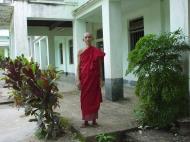 Asisbiz Hmawbi monastery main monks Jul 2001 09