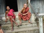 Asisbiz Hmawbi monastery main monks Jul 2001 15