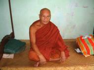 Asisbiz Hmawbi monastery main monks Jul 2001 17