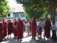 Asisbiz Hmawbi monastery monks Dec 2000 03