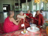 Asisbiz Hmawbi monastery monks Dec 2000 07