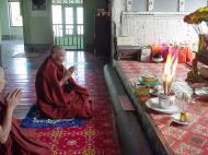 Asisbiz Hmawbi monastery monks Dec 2000 13