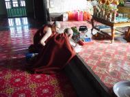 Asisbiz Hmawbi monastery monks Dec 2000 14