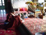 Asisbiz Hmawbi monastery monks Dec 2000 15