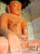 Asisbiz Bagan Htilominlo Temple Nandaungmya Buddhas Nov 2004 03