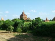Asisbiz Bagan Htilominlo Temple Nandaungmya Myanmar Nov 2004 01
