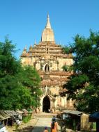 Asisbiz Bagan Htilominlo Temple Nandaungmya Myanmar Nov 2004 04