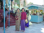Asisbiz Kabar Aye Pagoda Peace Pagoda Dec 2000 03