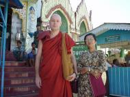 Asisbiz Kabar Aye Pagoda Peace Pagoda Dec 2000 04