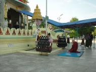 Asisbiz Kabar Aye Pagoda Peace Pagoda Dec 2000 05
