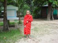 Asisbiz Kabar Aye Pagoda Peace Pagoda Pongy Dec 2000 01