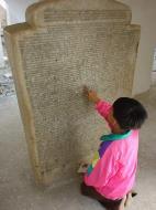 Asisbiz Mandalay Kuthodaw Pagoda worlds largest book Dec 2000 08