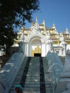 Asisbiz Mandalay Kuthodaw Pagoda worlds largest book Dec 2000 18