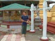 Asisbiz Thanlyin Kyaik Kauk pagoda bronze bell friends July 2001 01