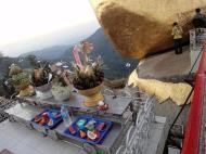 Asisbiz Kyaiktiyo Pagoda paying homage to the Buddha with food offering 02