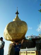 Asisbiz Myanmar Mon State Kyaiktiyo Pagoda Golden Rock 05