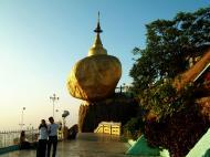 Asisbiz Myanmar Mon State Kyaiktiyo Pagoda Golden Rock 17
