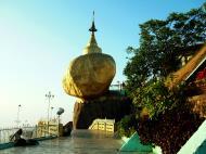 Asisbiz Myanmar Mon State Kyaiktiyo Pagoda Golden Rock 18