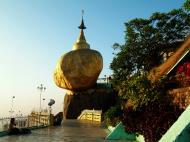 Asisbiz Myanmar Mon State Kyaiktiyo Pagoda Golden Rock 19