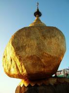Asisbiz Myanmar Mon State Kyaiktiyo Pagoda Golden Rock 21