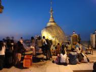 Asisbiz Myanmar Mon State Kyaiktiyo Pagoda Golden Rock dawn 2009 02