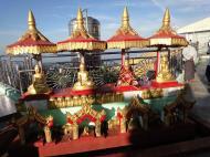 Asisbiz Myanmar Mon State Kyaiktiyo pagoda main patio Dec 2009 02