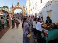Asisbiz Myanmar Mon State Kyaiktiyo pagoda shops and restrauants Dec 2009 10