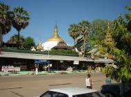 Asisbiz Thanlyin Island Pagoda entrance Dec 2000 01
