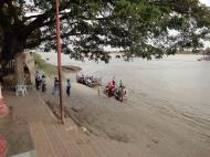Asisbiz Thanlyin Kyauktan Ye Le Pagoda Island crossing Area Dec 2010 01