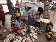 Asisbiz Thanlyin dryied fish markets Dec 2009 01