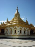 Asisbiz Pyin Oo Lwin Maha Anthtookanthar Paya Dec 2000 01