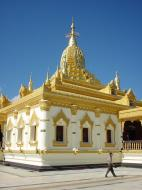 Asisbiz Pyin Oo Lwin Maha Anthtookanthar Paya Dec 2000 02