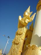 Asisbiz Pyin Oo Lwin Maha Anthtookanthar Paya Dec 2000 09