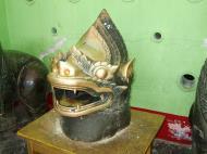 Asisbiz Maha Muni Shrine bronze lion head Nov 2004 01