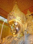 Asisbiz Mahamuni Buddha Maha Myat Muni Paya Dec 2000 02
