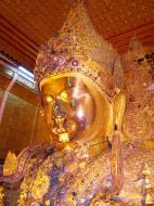 Asisbiz Mahamuni Buddha Maha Myat Muni Paya Nov 2004 03