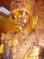 Asisbiz Mahamuni Buddha Maha Myat Muni Paya Nov 2004 05