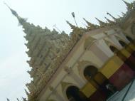 Asisbiz Mandalay Maha Myat Muni pagoda Decor Nov 2004 05