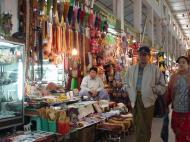 Asisbiz Mandalay Maha Myat Muni pagoda arts and crafts Dec 2000 03