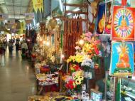 Asisbiz Mandalay Maha Myat Muni pagoda arts and crafts Nov 2004 03