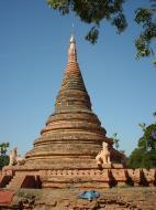 Asisbiz Driving to Pagan various pagodas Dec 2000 27