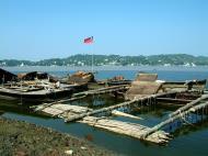 Asisbiz Mandalay river craft Nov 2004 04