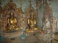 Asisbiz Mandalay various buddhas Dec 2000 02