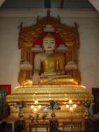 Asisbiz Mandalay various buddhas Dec 2000 04